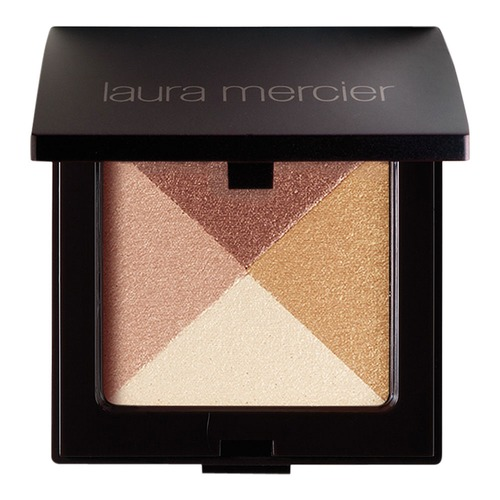 Closeup   6453 lauramercier web