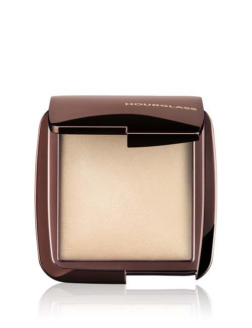 Closeup   hourglass ambient lighting powder   diffused light